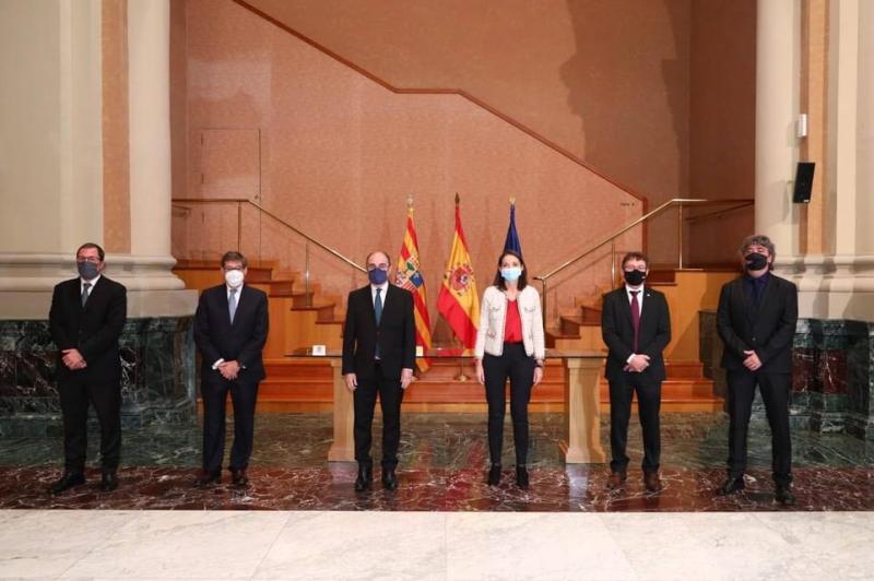 La ministra de Industria, Comercio y Turismo, el vicepresidente del Gobierno de Aragón y los presidentes de las comarcas del Aranda y del Bajo Cinca han firmado los programas de sostenibilidad turística